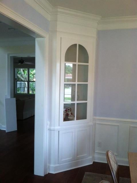 Exceptionnel Built In China Cabinet